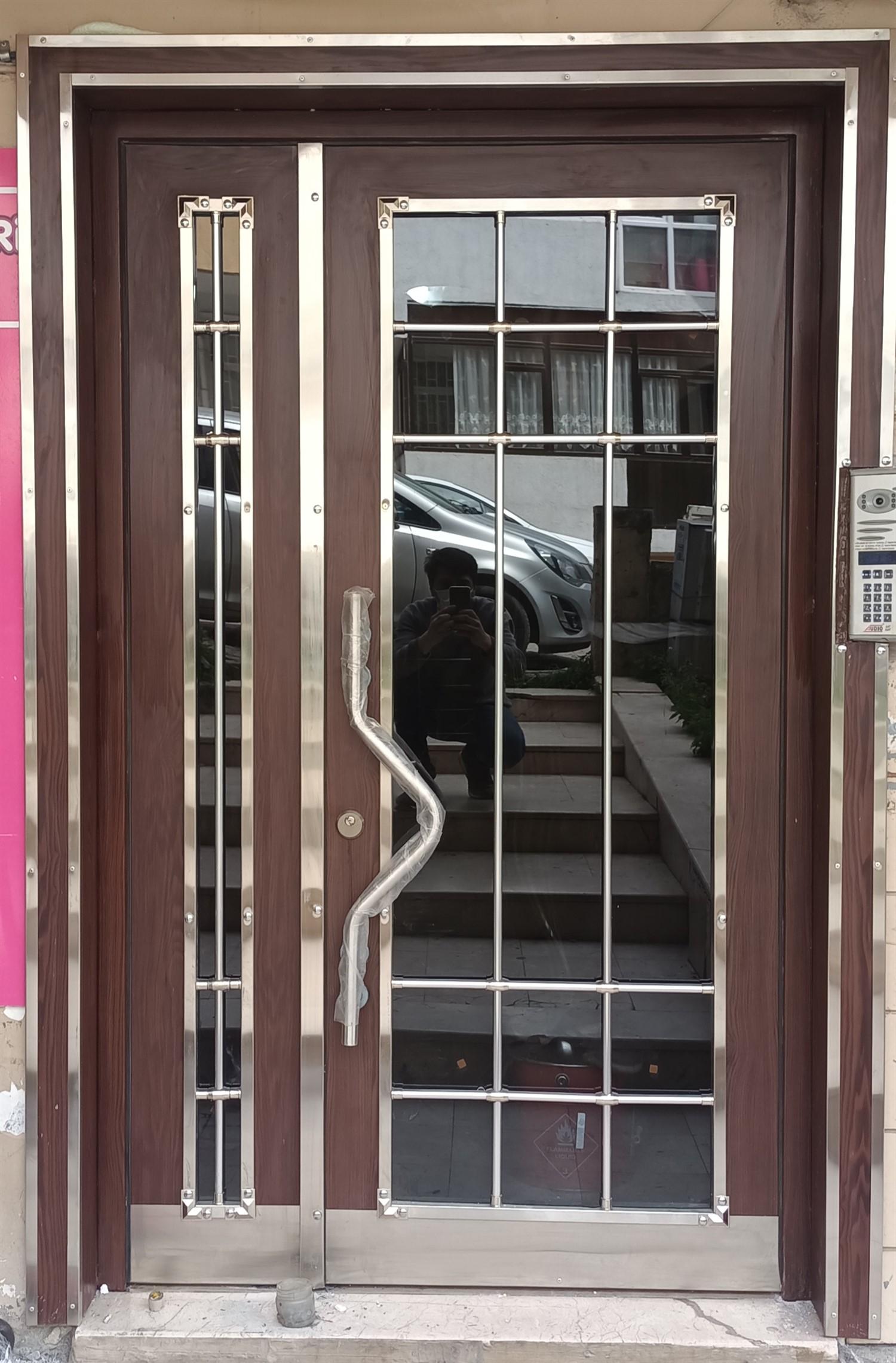 Bina giriş kapı modelleri  F57